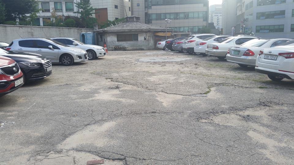 Seoul Parking Lot