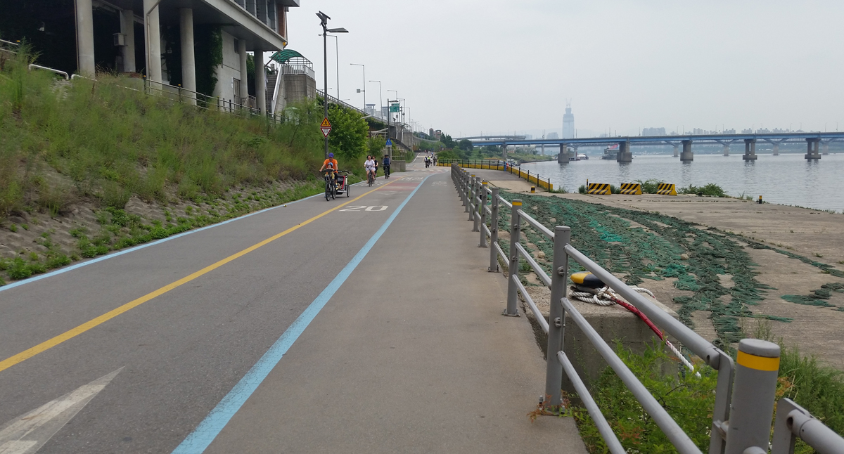 Han River Bicycle Lanes