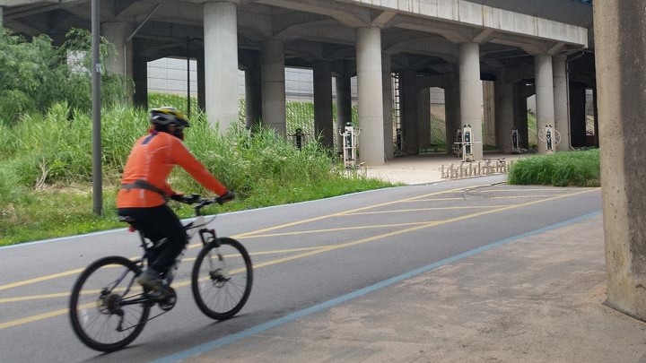 Seoul Han River Cycling Path