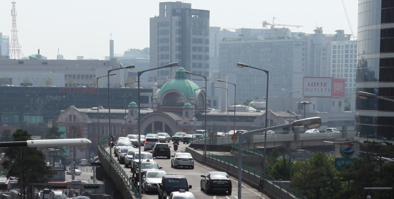 Seoul Station Overpass Closure